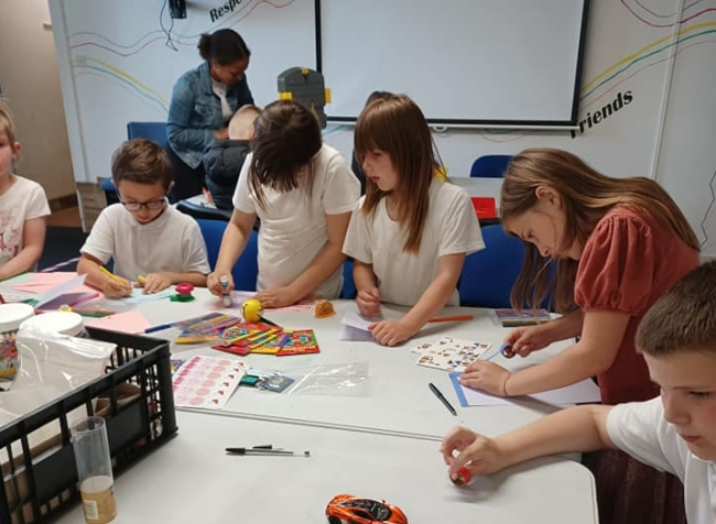 BCT After School Club making Fathers Day cards